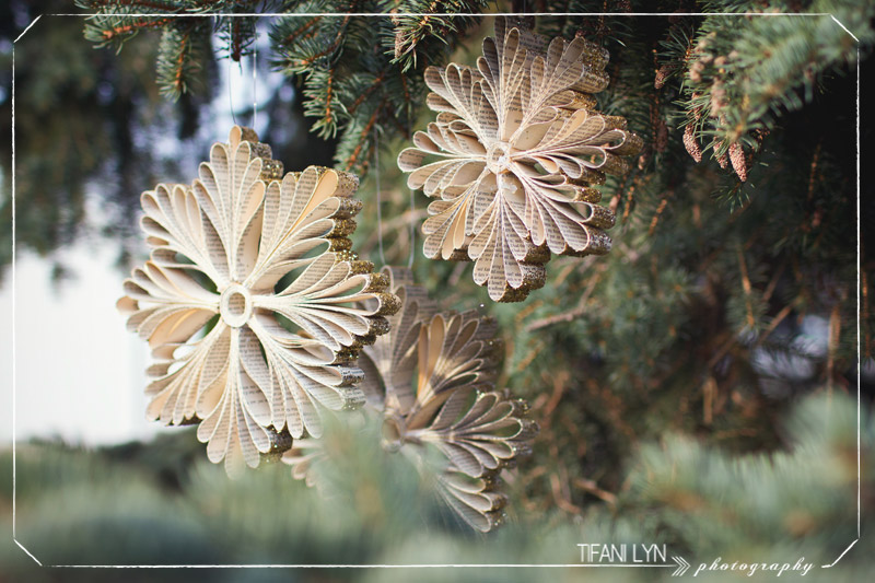 DIY snowflakes made from old book pages from Tifani Lyn | Friday Christmas Favorites at www.andersonandgrant.com