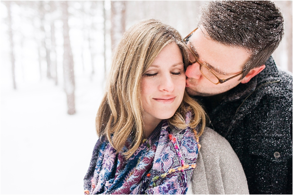 Josh & Marci Winter Maternity by Tifani Lyn Photography_0004