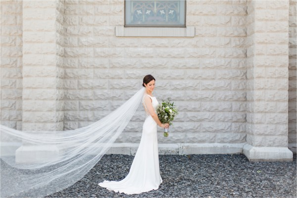 west_michigan_wedding_photographer_lifestyle_timelss_authentic_catholic_byron_center_wedding_Tifani_Lyn_Photography_Elise_Daniel_0011
