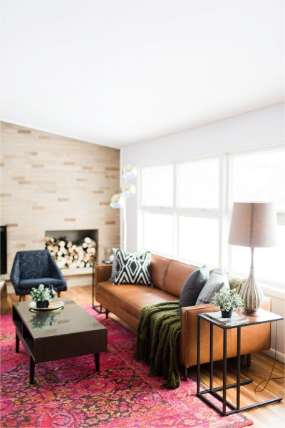 Home Tour_of_The_Hect_House_living_Room_ by_tifani_lyn_Mid_century_modern_home_renovation_0004